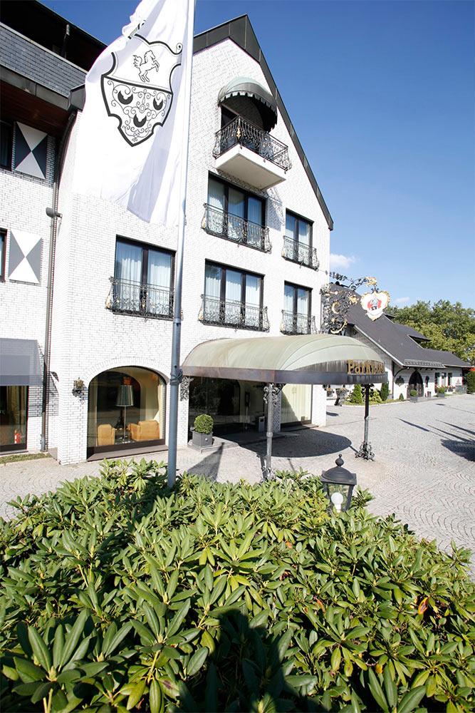aussenansicht02-parkhotel-wittekindshof